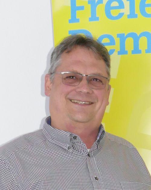 Karl-Heinz Hiller